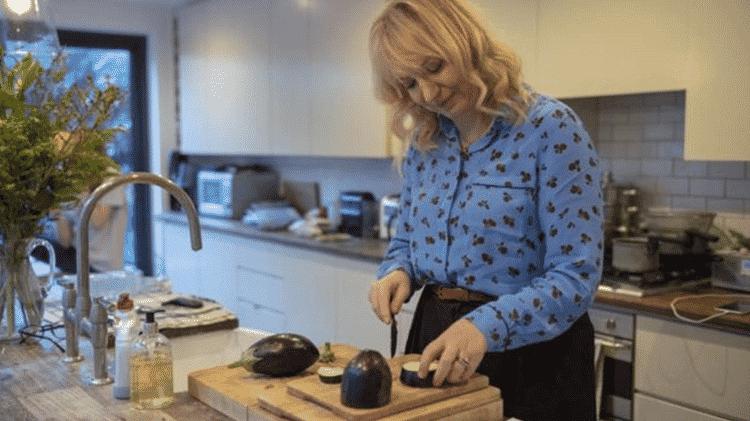 Laurel e sua família aumentaram o consumo de vegetais - BBC - BBC