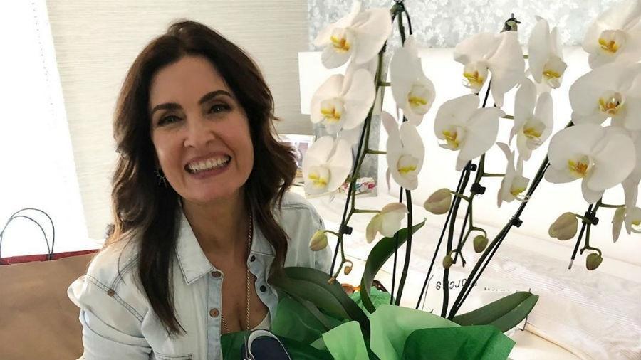 Fátima Bernardes mostra os presentes que ganhou de Túlio Gadêlha - Reprodução/Instagram