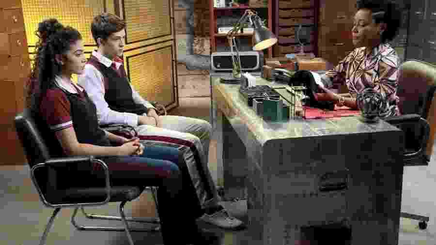 Luca e Gabi dizem a Helô que não são os responsáveis pelo canal - Lourival Ribeiro/ SBT