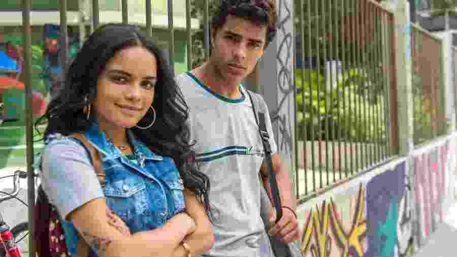 K2 ( Carol Macedo ) e Tato ( Matheus Abreu ) - Globo/João Cotta