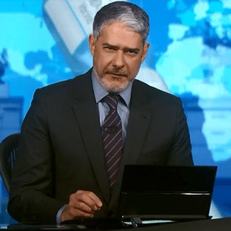 O apresentador William Bonner aparece de barba no Jornal Nacional - Reprodução/TV Globo