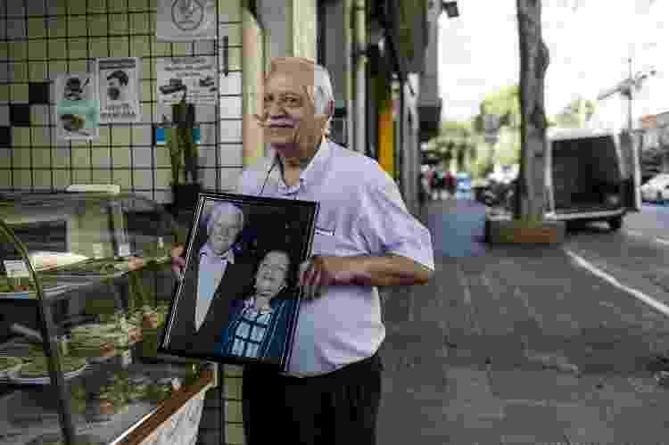 "David Ben Avram, 75, dono da lanchonete ""Burikita"" - Keiny Andrade/UOL - Keiny Andrade/UOL"