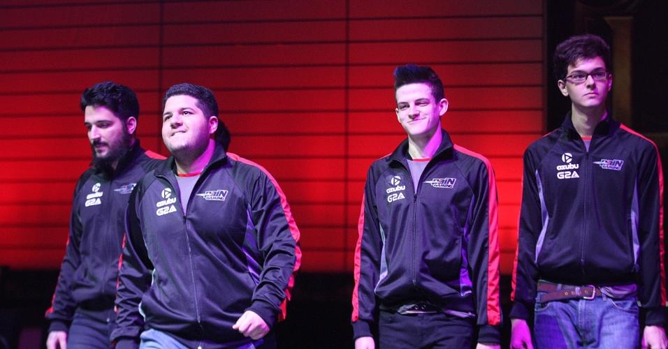 Jogadores da Pain chegam ao Allianz Parque para a grande final do CBLoL, que acontece neste sábado (8)