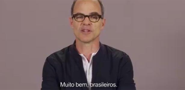 """Michael Kelly, o Doug Stamper de """"House of Cards"""", manda recado para os brasileiros - Reprodução/Facebook"""