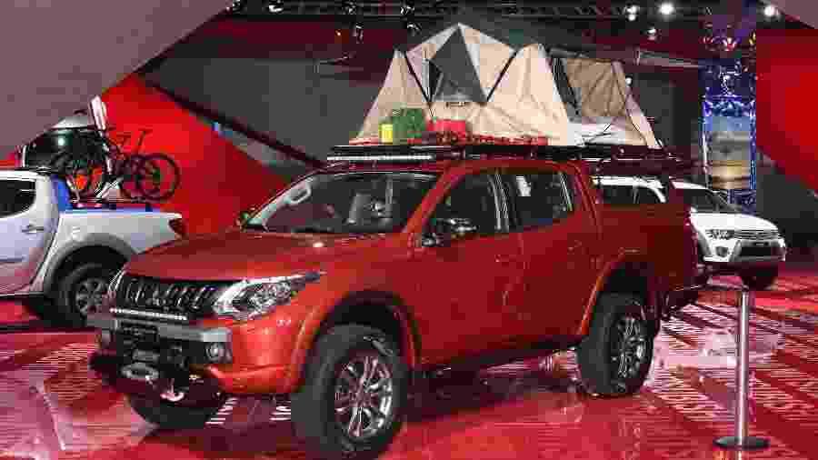 """L200 Triton HPE modificada para """"explorar o mundo"""" é um dos destaques da Mitsubishi - Murilo Góes/UOL"""
