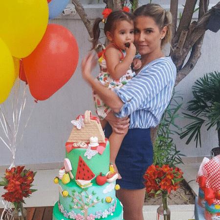 Deborah Secco e a filha, Maria Flor - Reprodução/Instagram/dedesecco