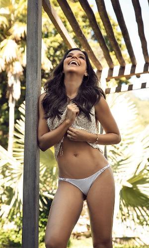 Mariana Rios - capa da Corpo a Corpo de agosto 3