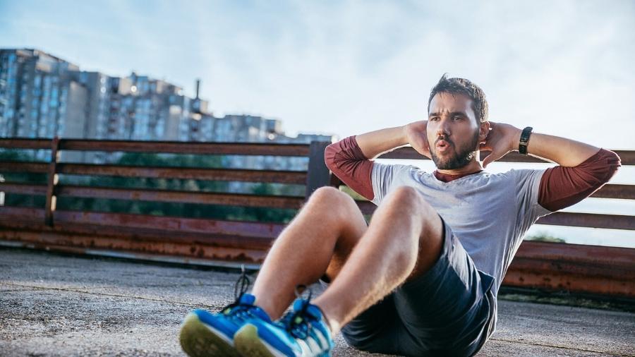 Para eliminar a barriga você precisa ter uma dieta adequada e fazer os exercícios certos - iStock