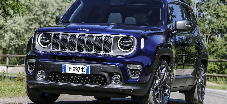 Jeep Renegade 2019: faróis redesenhados, para-choque novo... e só. Dá pra perceber as diferenças? - Divulgação