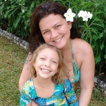 A empresária Thais Carvalho com a filha, Gaia - Reprodução/Facebook