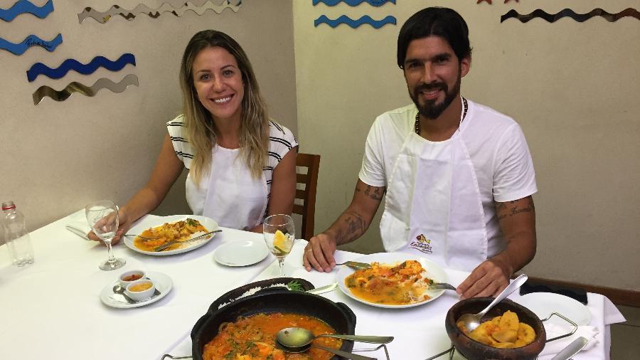 """Bárbara Coelho e Loco Abreu no """"Esporte Espetacular"""" - Gustavo Rotstein/Globo"""