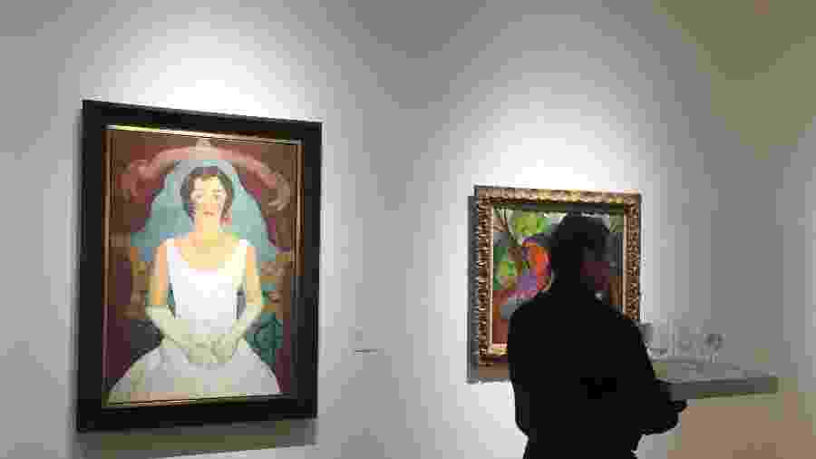 18.nov.2019 - A Dama de Branco, obra da artista Frida Kahlo foi leiloado em Nova York - Laura Bonilla Cal/AFP