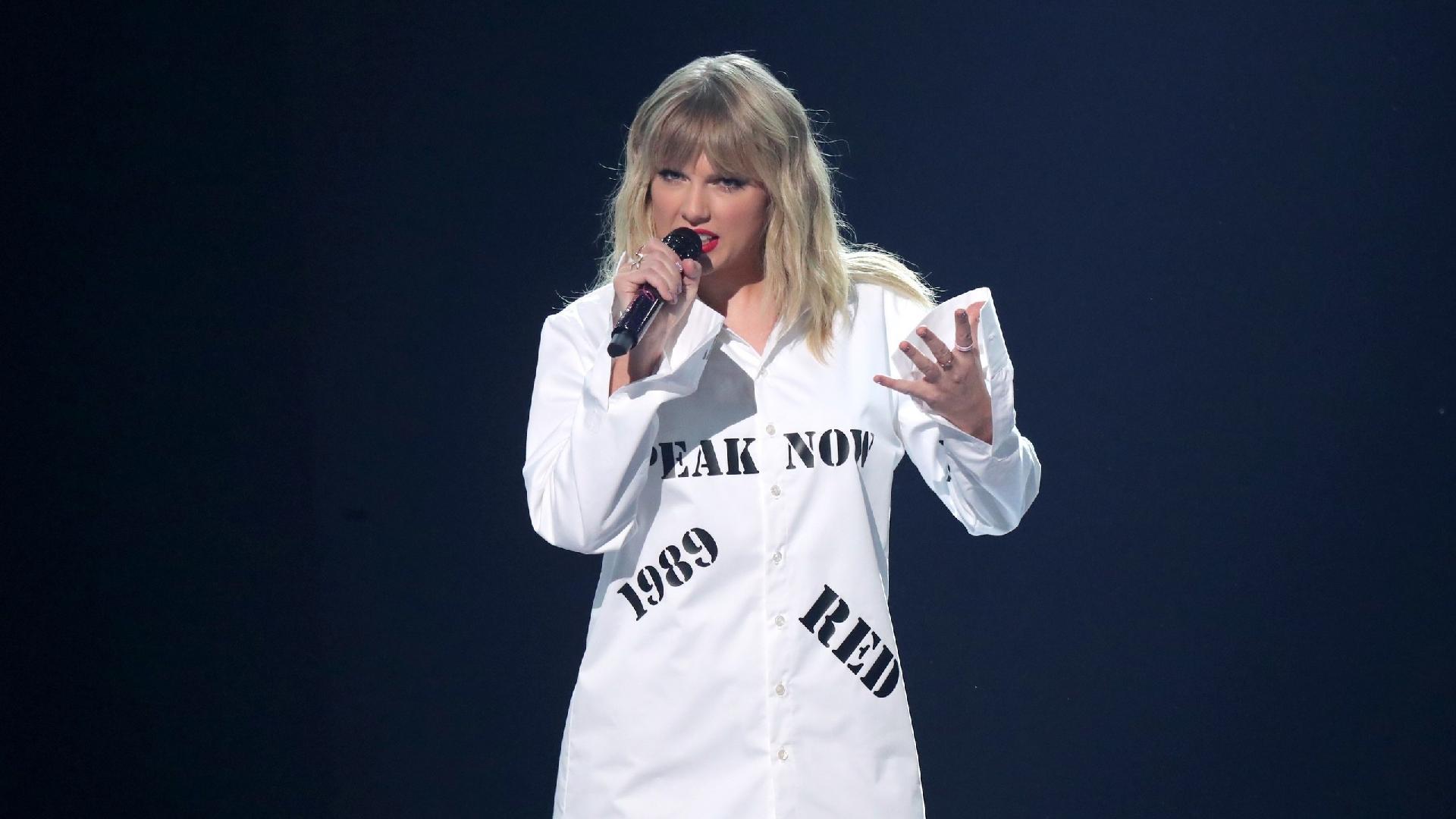Taylor Swift faria shows no Brasil neste fim de semana e fãs não ...
