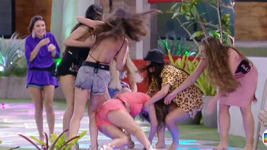 Gizelly leva lombo ao vivo - Reprodução/TV Globo