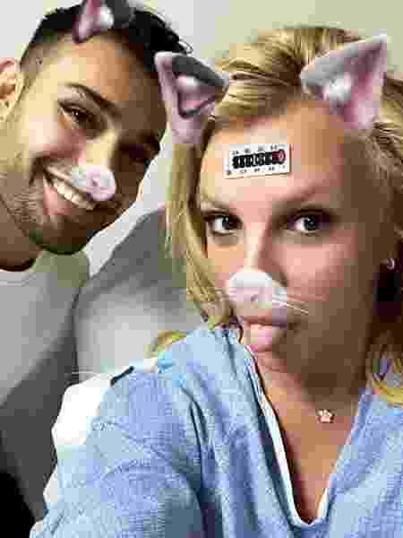 Britney Spears com o namorado no hospital - Reprodução/Instagram