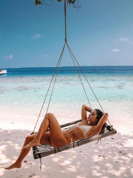 Jade Picon descansando nas Ilhas Maldivas - Reprodução/ Instagram @jadepicon