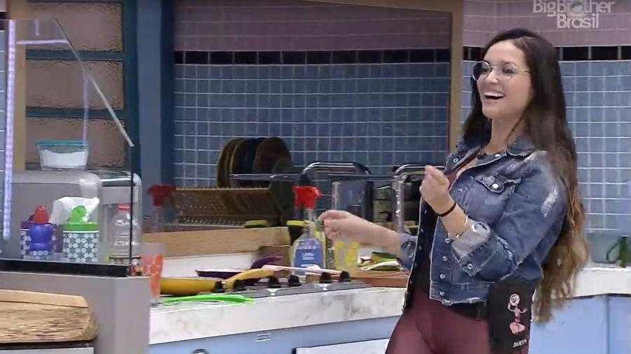 BBB 21: Juliette conversa na cozinha da xepa - Reprodução/ Globoplay