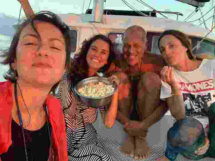 Pipoca para ver o pôr do sol - Patricia Schussel Gomes - Patricia Schussel Gomes