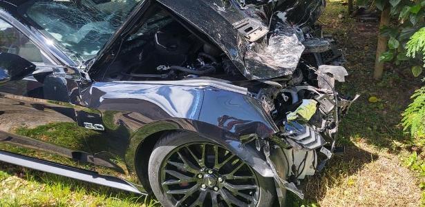 Perdeu controle | Motorista no ES bate Mustang apenas 24h após comprá-lo