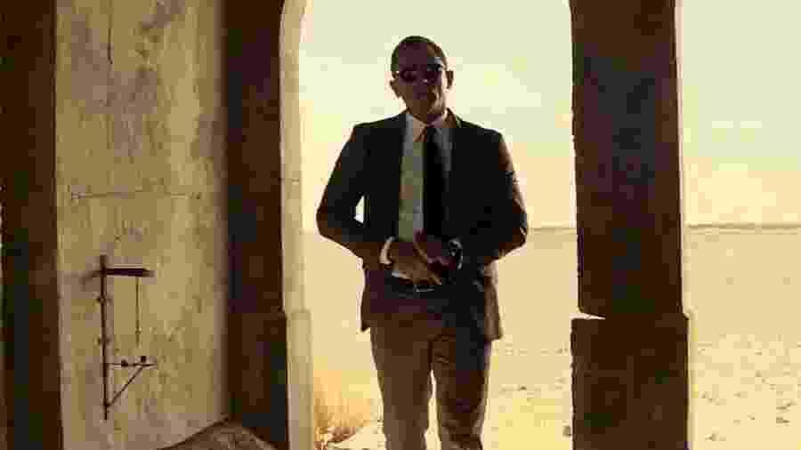 """Daniel Craig como James Bond em cena de """"007 Contra Spectre"""" - Divulgação"""