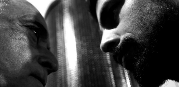 """Cauã Reymond homenageia o ator Tony Ramos com uma foto da cena da novela """"A Regra do Jogo"""" - Reprodução/Instagram/cauareymond"""