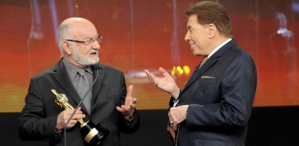 Silvio de Abreu ao receber o Troféu Imprensa de Silvio Santos no último domingo - Divulgação/SBT