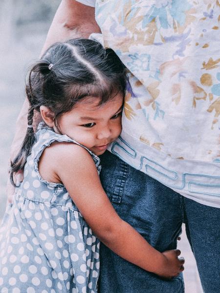 O TDAH fica evidente principalmente na infância nas crianças em idade escolar - Getty Images