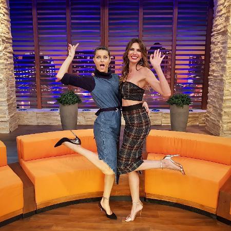 """Isabeli Fontana participa do programa """"Luciana By Night"""", da RedeTV! - Divulgação/RedeTV!"""
