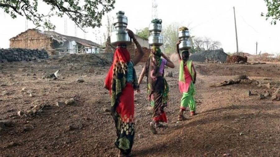 Segundo pesquisador, risco de morte de mulheres em períodos de calor extremo na Índia é bem maior do que o de homens - EPA
