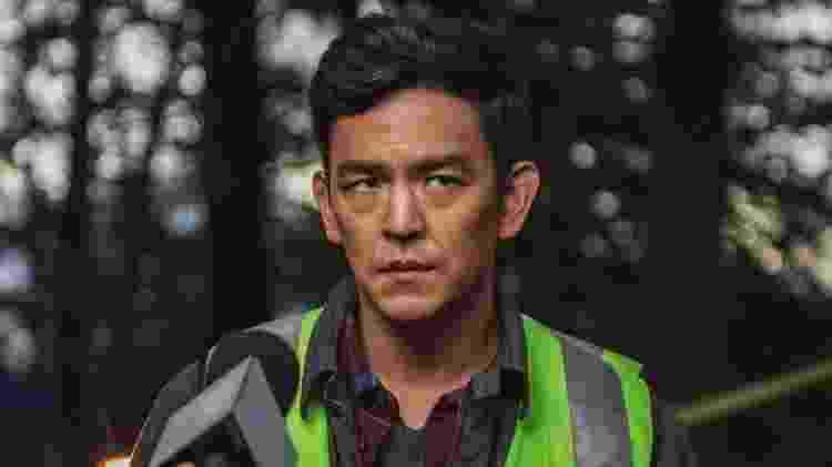 """John Cho em """"Buscando..."""" - Reprodução - Reprodução"""