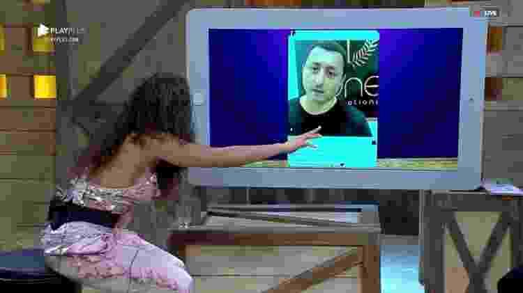 Fernanda e Vídeo do Pai - Reprodução/RecordTV - Reprodução/RecordTV