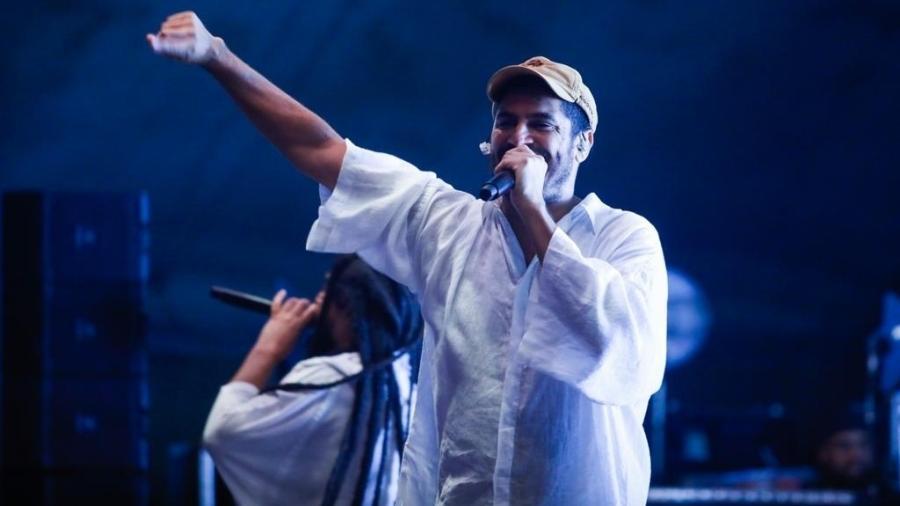 O rapper Criolo se apresenta no Anhangabaú durante a Virada Cultural - Marcelo Justo/UOL