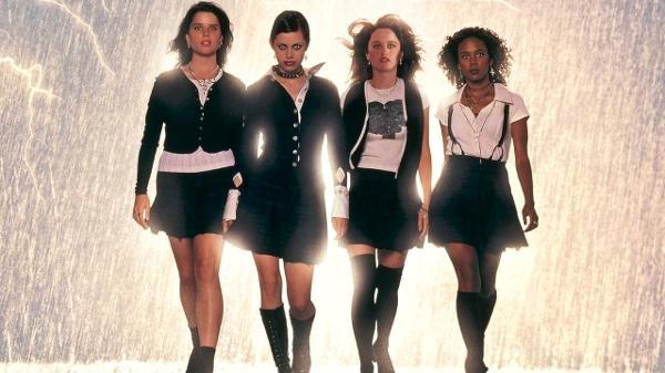 Cena do filme 'Jovens Bruxas', de 1996