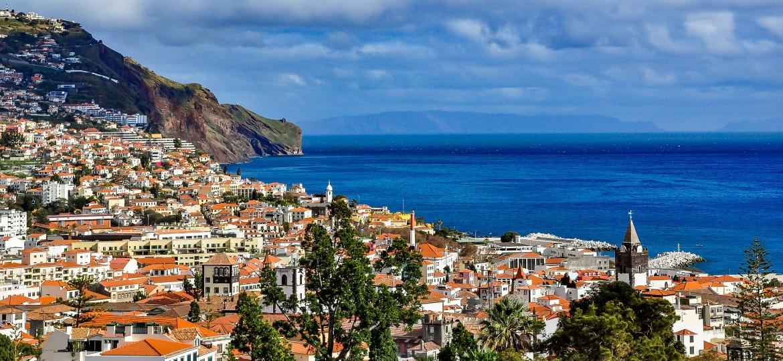 Vista panorâmica de Funchal, na Ilha da Madeira - Getty Images/iStockphoto