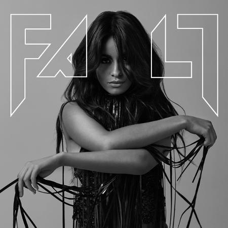 """Camila Cabello é capa da revista """"Fault"""" - Reprodução"""