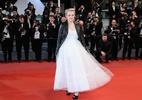 Visual de Elizabeth Moss em Cannes serve de ideia para noivas roqueiras - Getty Images
