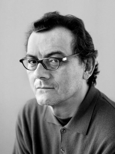 O escritor Horacio Castellanos Moya - Reprodução