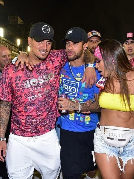 Medina, Neymar e Anitta em camarote na Sapucaí - Leo Franco/AgNews