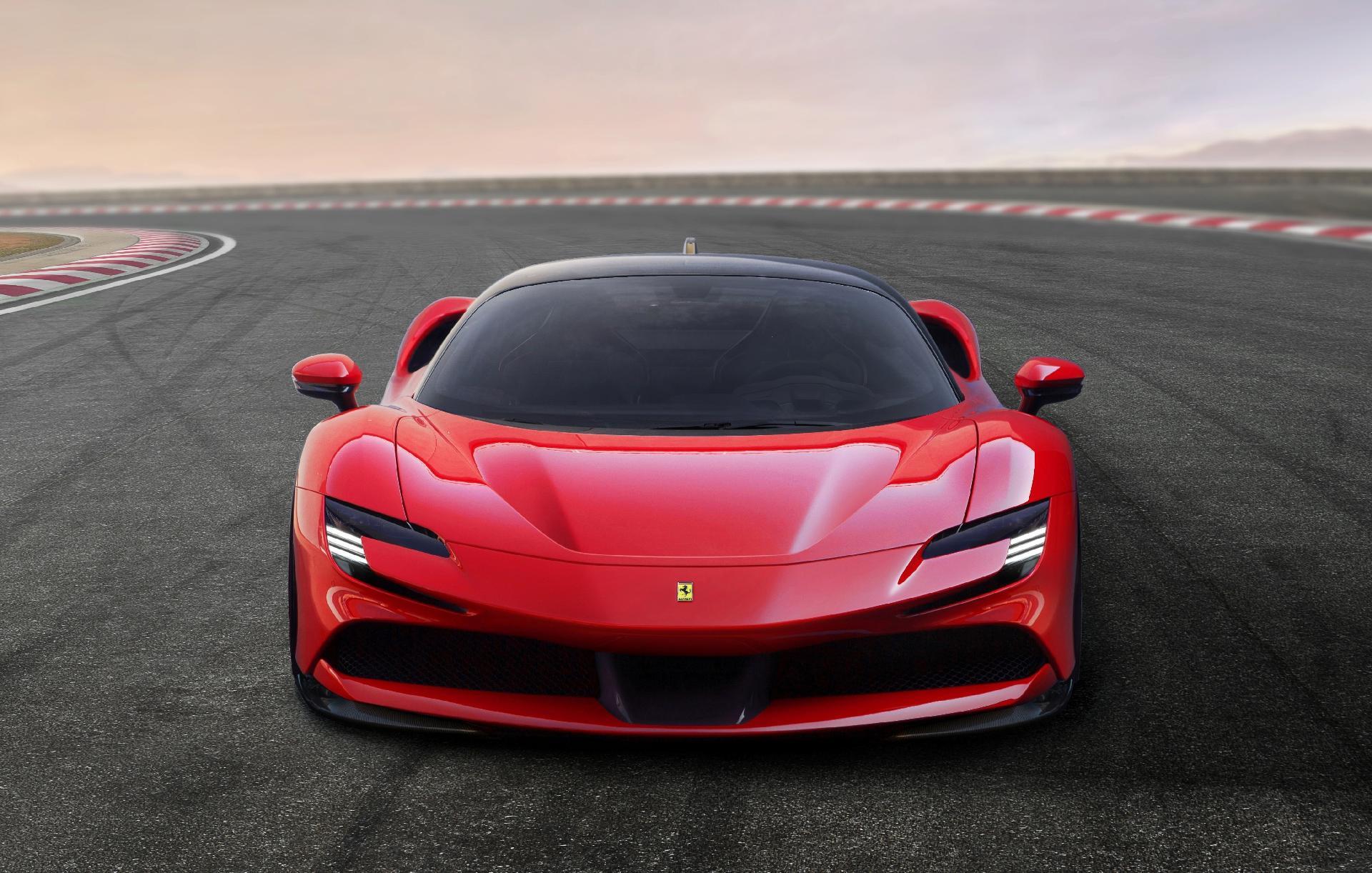 7497a9ec78 Ferrari SF90 Stradale é híbrido de 1.000 cavalos que chega a 340 km/h -  29/05/2019 - UOL Carros