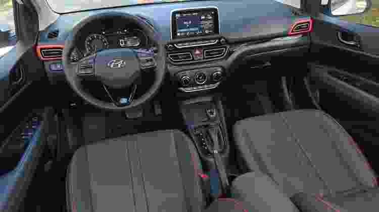 Carro sai de fábrica com airbags laterais e frenagem autônoma de emergência - Murilo Góes/UOL