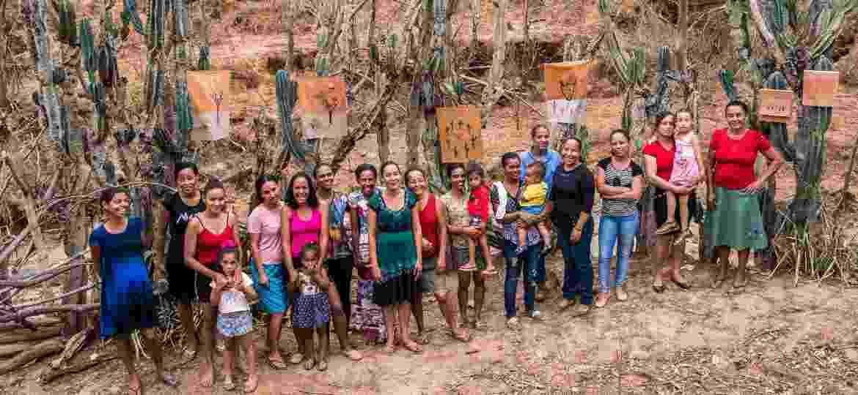 Bordadeiras de Curtume, no Vale do Jequitinhonha (MG) - Érika Riani / Divulgação