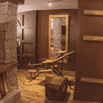 Motel em Ponta Grossa, no Paraná, faz quarto temático do Harry Potter com objetos inspirados na saga de J.K. Rowling - Reprodução/Facebook