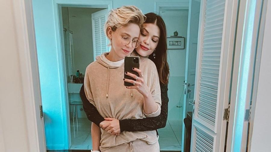 Marcella Rica e Vitória Strada posam juntas nas redes sociais - Reprodução/Instagram @marcellarica