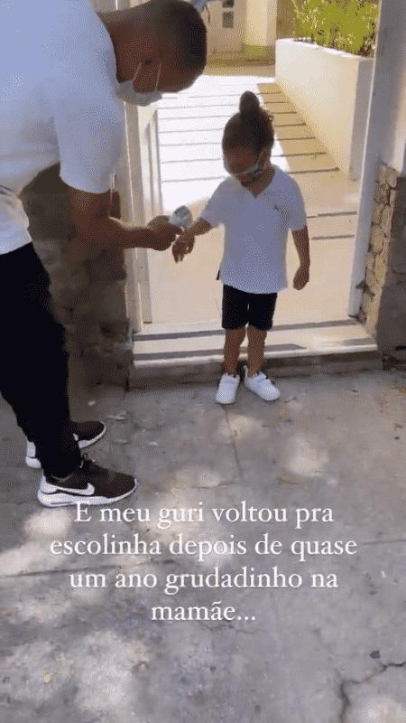 Sheron Menezzes levou filho para creche após um ano em casa - Reprodução/Instagram - Reprodução/Instagram