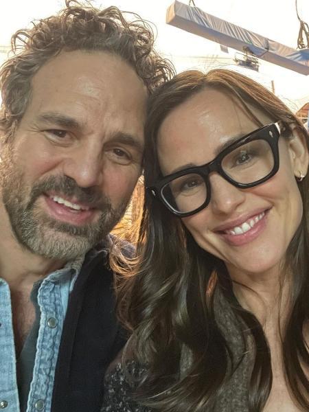 """Mark Ruffalo e Jennifer Garner 17 anos após """"De Repente 30"""" - Reprodução/Instagram"""