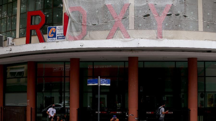 09.06.2021 - Fachada do cinema Roxy, localizado no bairro de Copacabana, na zona sul do Rio de Janeiro - WILTON JUNIOR/ESTADÃO CONTEÚDO