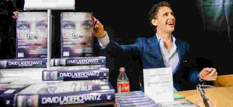 """27.ago.2015 - O escritor sueco David Lagercrantz, que lançou """"A Garota na Teia de Aranha"""", continuação da triologia Millennium, sucesso do autor Stieg Larsson, morto em 2004 - Jonathan Nackstrand/AFP"""