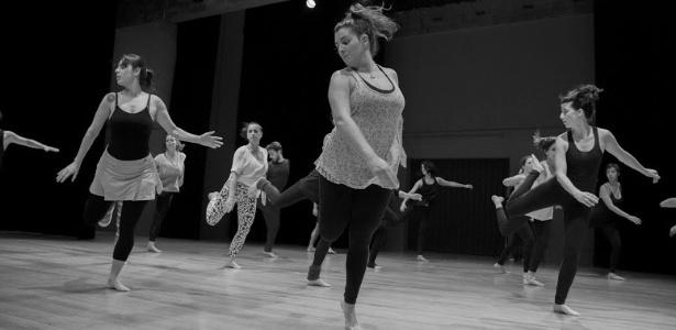 Ensaio do grupo Chega de Saudade comandado pelo coreógrafo Rubens Oliveira - Raquel Dias/Divulgação