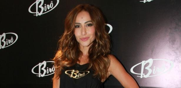 """Sabrina participou de um evento de moda e ainda revelou: """"Quem eu fico nunca sai, ninguém nunca sabe"""" - Amauri Nehn/Brazil News"""