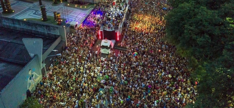 Imagem aérea do Acadêmicos do Baixo Augusta, que em 2018 desfila no dia 4 de fevereiro - Marcos Camargo/UOL
